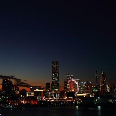 横浜駅のガス臭い異臭騒ぎは大地震の前兆?場所や原因は青潮?