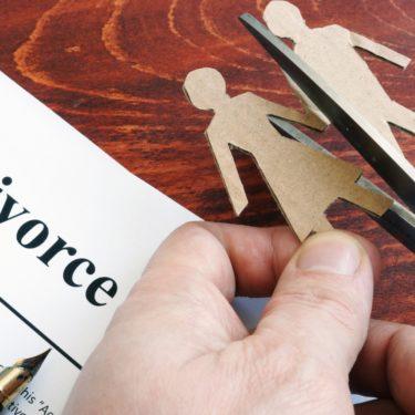 鈴木保奈美と石橋貴明の離婚危機は妻の個人事務所設立が原因?子供(娘)はどうなる?