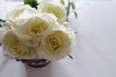 【追突事故】工藤静香が美談謝罪で炎上?インスタの白い花の意味は?