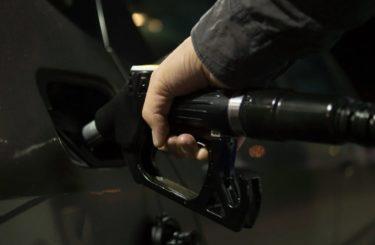 ガゾリン車の販売禁止はハイブリットも廃止?トラックやバスは?スタンドはどうなる?