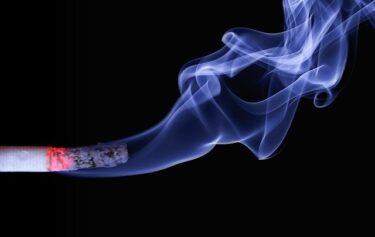 小川洋知事はタバコを吸ってた喫煙者?病気の原発性肺腺がんとは?辞任に悲しみの声【福岡】